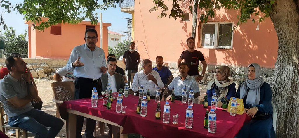 """Başkan Cengil, Milletvekili Doğru ile Yüreğir'in uç mahallelerini gezdi"""""""