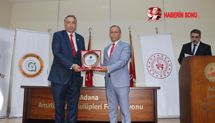 Ege Adana'da İyilik Kitap Kafe'nin Okurlarıyla Buluştu