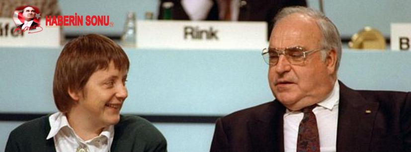 Angela Merkel ve Helmut Kohl