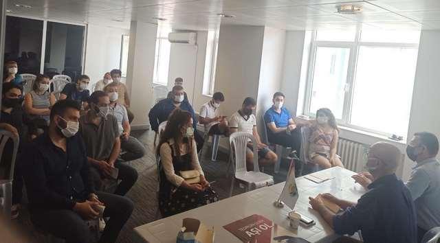 Adana Tabip Odası Aşı İçin Gençlerle Buluştu