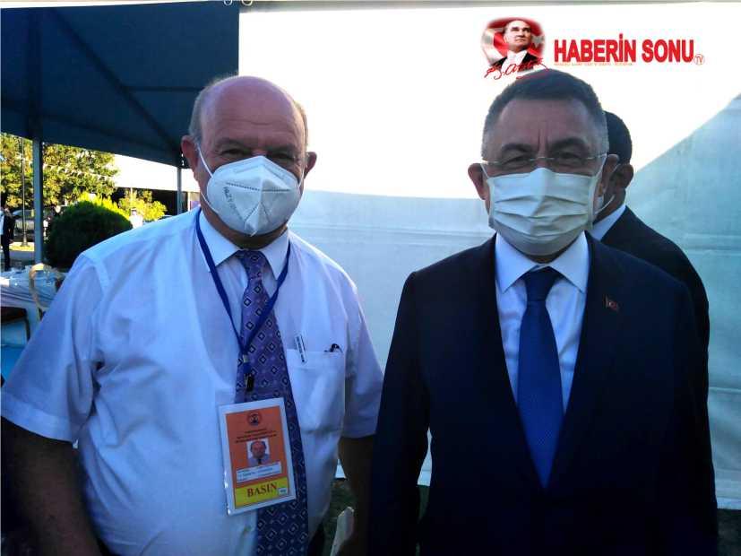 Cumhurbaşkanı Recep Tayyip Erdoğan ve Yardımcısı Fuat Oktay'a birer dosya sundu.