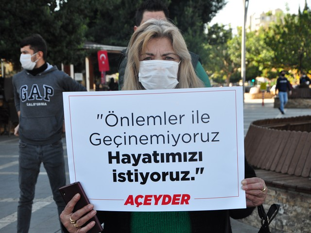 AÇEYDER Başkanı Feridun Özkan, gerekli önlemlerin alınarak işyerlerinin açılmasını talep etti Eğlence yerleri büyük mağduriyet yaşıyor