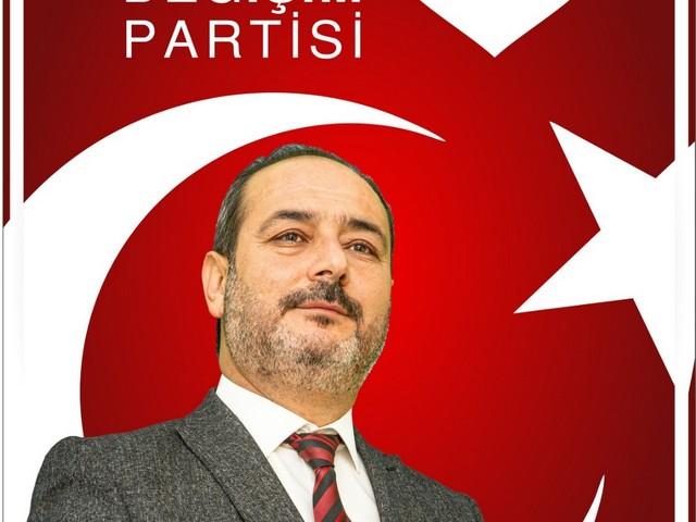 Türkiye Değilim Partisi Mersin İl Başkanı Ferruh Doğan, gazeteciliğin kutsal bir görev olduğunu ve Anayasanın 28. Maddesin'de yer aldığı gibi Basının hür olması gerektiğini ve kesinlikle sansür edilemeyeceğini vurguladı.