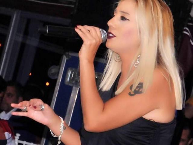 Adana'nın Tek Pop Sanatçısı Dilek Köngeç ile Müziği ve Hayatı Konuştuk.HABERİN SONU www.haberinsonu.com