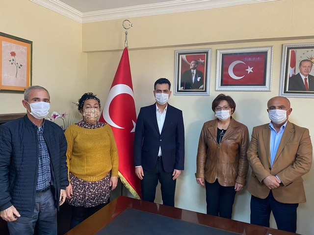 AK Parti İlçe ziyaretinde İlçe Başkanı Necip Fazıl Cengil'