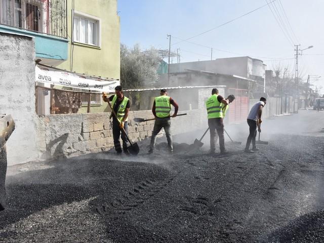 Ceyhan genelinde asfalt çalışmalarına devam
