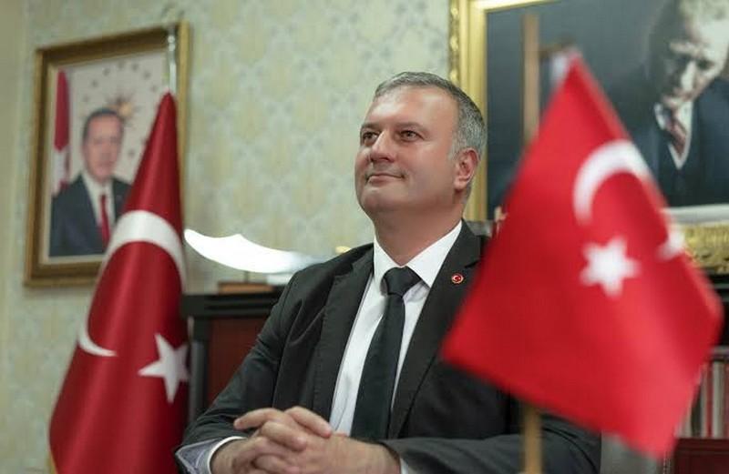 Karataş Belediye Başkanı Necip Topuz