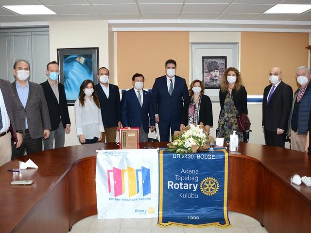 Adana Tepebağ Rotary Kulübü 'Aile ve Toplum Hizmet Ödülü'nü bu yıl Adana Eczacı Odası(ADEO)'na verdi.