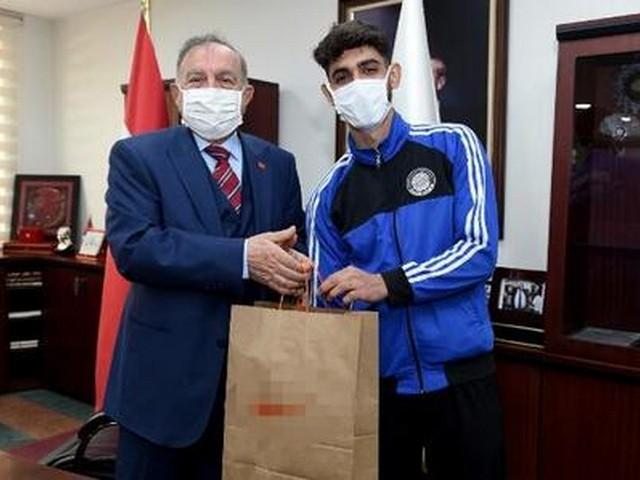 Atletizmin nabzı Adana'da atacak
