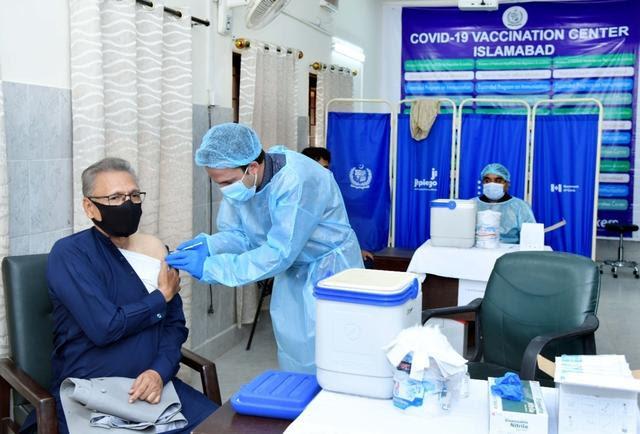Çin aşıları dünyaya katkıda bulunmaya devam.