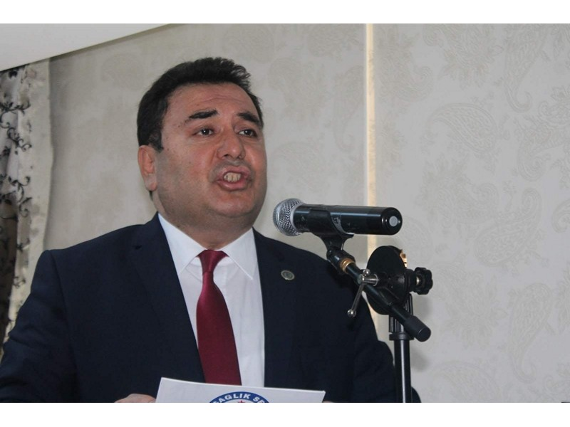 Saglik-sen Adana Şubesi Başkanı Bekir Nennioğlu esnek mesailer ile ilgili yapmış olduğu açıklamada;