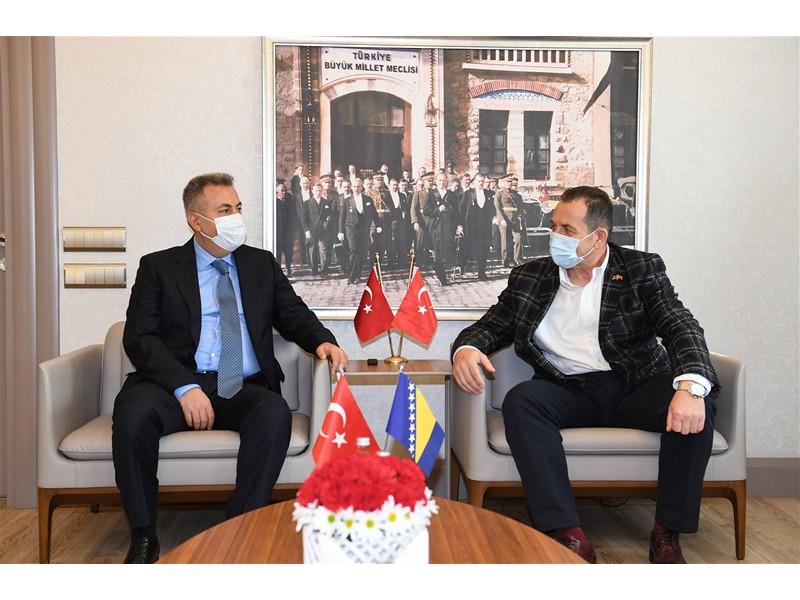 Bosna Hersek Güvenlik Bakanı Sayın Selmo Cikotic Vali Elban'ı Ziyaret Etti