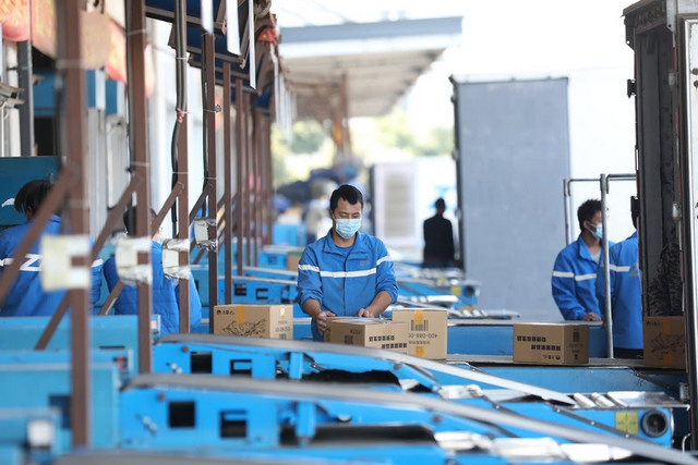 Çin'in Kargo Sektöründe Hızlı Büyüme Sürüyor