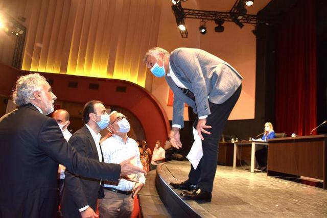 Karalar ise, Meclis Üyesi Vedat Gündoğan'a hitaben, bu hafta yerel basın yetkilileriyle görüşeceğini söyledi.