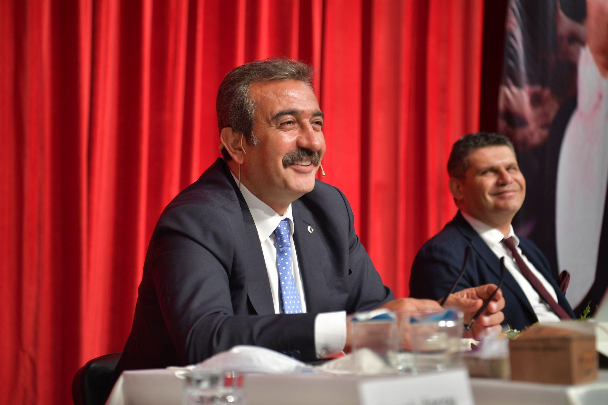 Çukurova Belediye Başkanı Soner Çetin, yıl bitmeden 7'nci toplu açılış ve temel atma töreni yapılacağını söyledi.