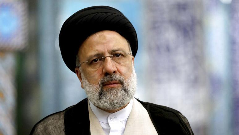 İran'da seçimleri kazanan İbrahim Reisi ülkenin 8. Cumhurbaşkanı oldu