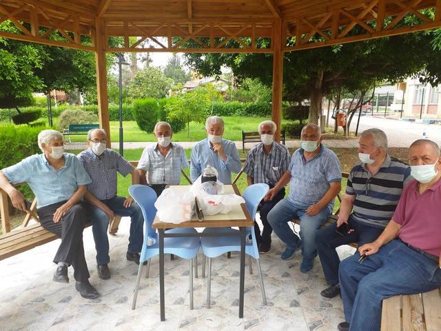 Adana Demirspor'un Efsanesine Takım Arkadaşlarından Ziyaret