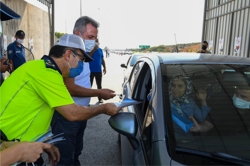Vali Elban Polis Uygulama Noktasında Yapılan Denetimlerle İlgili Bilgi Aldı