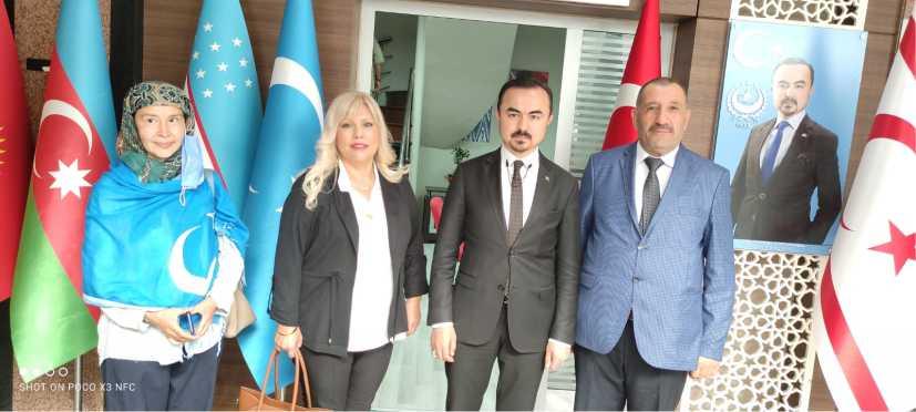 oğu Türkistan Cumhurbaşkanlığı Türkiye temsilciliği Açılışında DOĞU Türkistan Cumhurbaşkanın kabinesinde görev yapacak Devlet Bakanları ve yardımcılarının atamalar Törenle yapıldı.