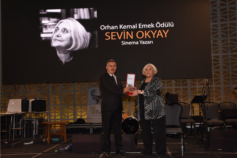 Sevim Okyay Vali Süleyman Elba