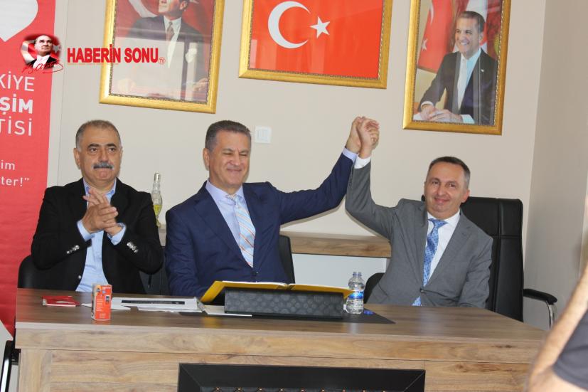 """""""ÖNCE VATAN SONRA PARTİ"""" İlk defa TDP, Türkiye'de siyasetin dilini ve yapılış şeklini değiştiriyor. İşte genel başkanı partiye kayıtlı üyeler seçiyor."""
